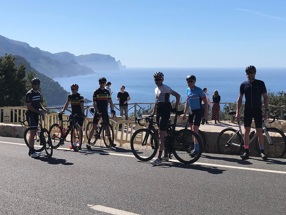 Incredible weather for our monster ride to Andratx #cycling #mallorcacycling #mallorca #stuarthallcyclingholidays #cyclingholidayspic.twitter.com/E69rioKnXW