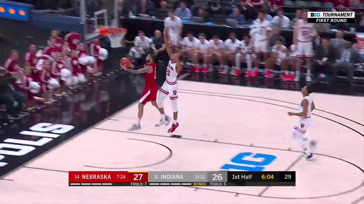 .@HuskerHoops is bringing it in Indy! Haanif Cheatham finishes in transition in the #B1GTourney: