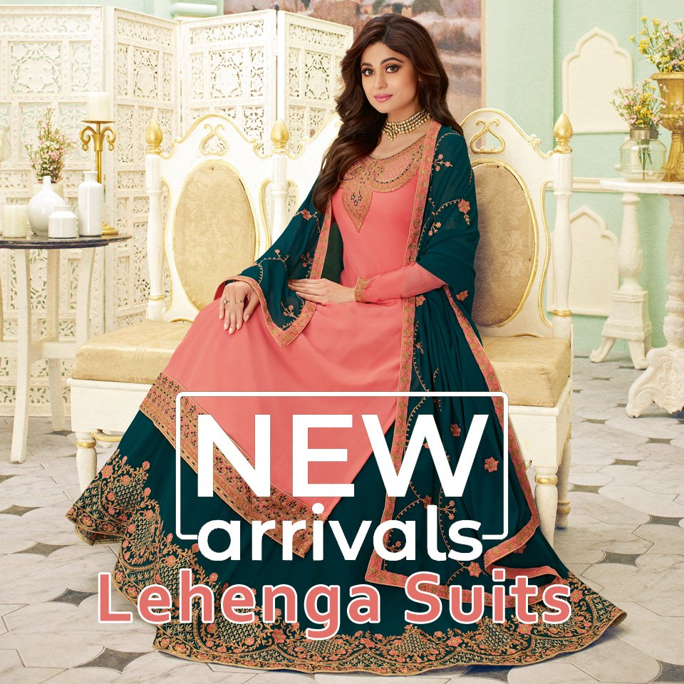 Cool styles for fashionistas! Let them begin their fashion journey early! Shop Inddus, NOW: http://www.inddus.com/bollywood-salwar-suits…  #bollywoodfashion #bollywooddress #bollywoodactresses #bollywoodoutfits #bollywoodpartyoutfit #fashion #indianwear #ethnicwear #indianbride #lehenga #ethnicpic.twitter.com/eji7gOdGl7