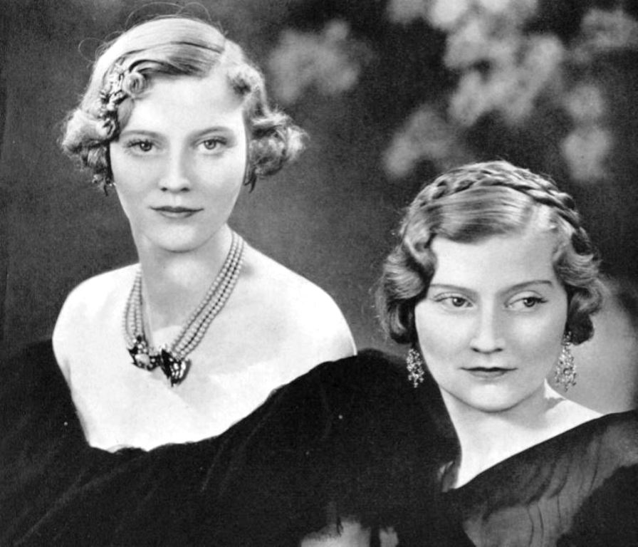 """Will Cross, Author on Twitter: """"Three Sisters : Daughters of Arthur & Marie  Guinness L : Maureen (1907-1998) (Lady Dufferin) & Aileen ( 1904-1999)  (Hon. Mrs Plunket) R : Oonagh ( 1910-1995) ("""