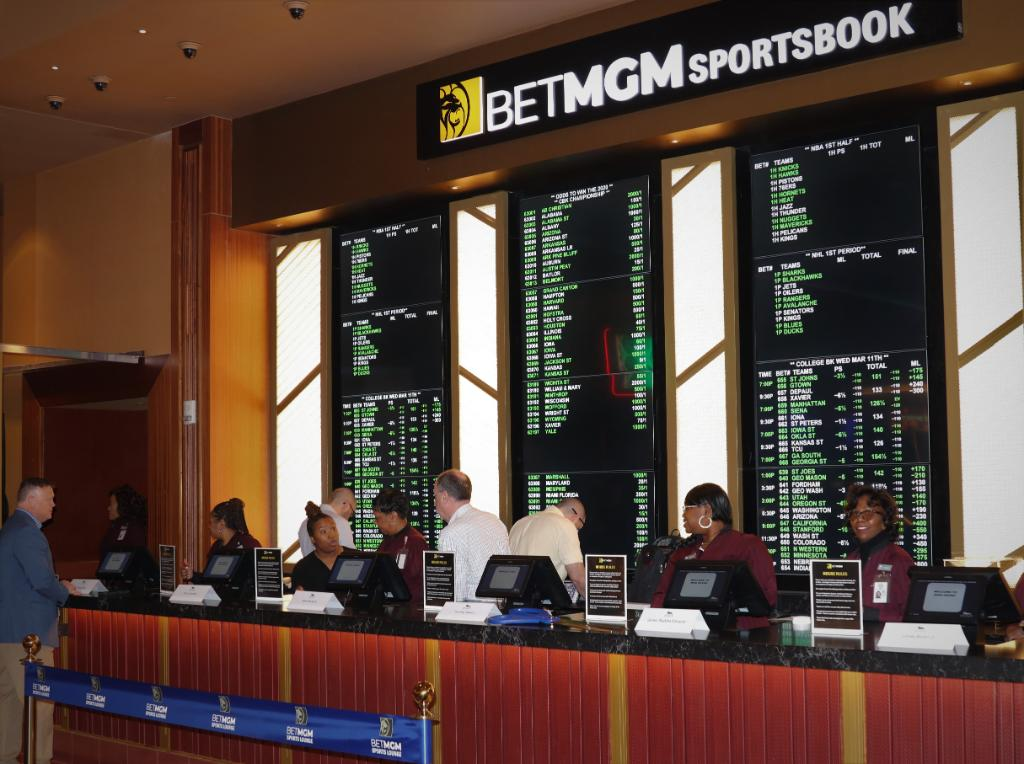 Twitter mgm sports betting limited risk spread betting account