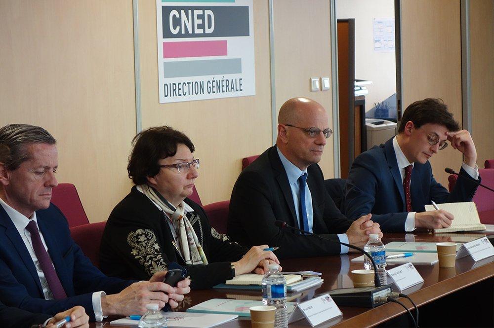 Partenariats de l'AEFE avec le Cned et l'Onisep