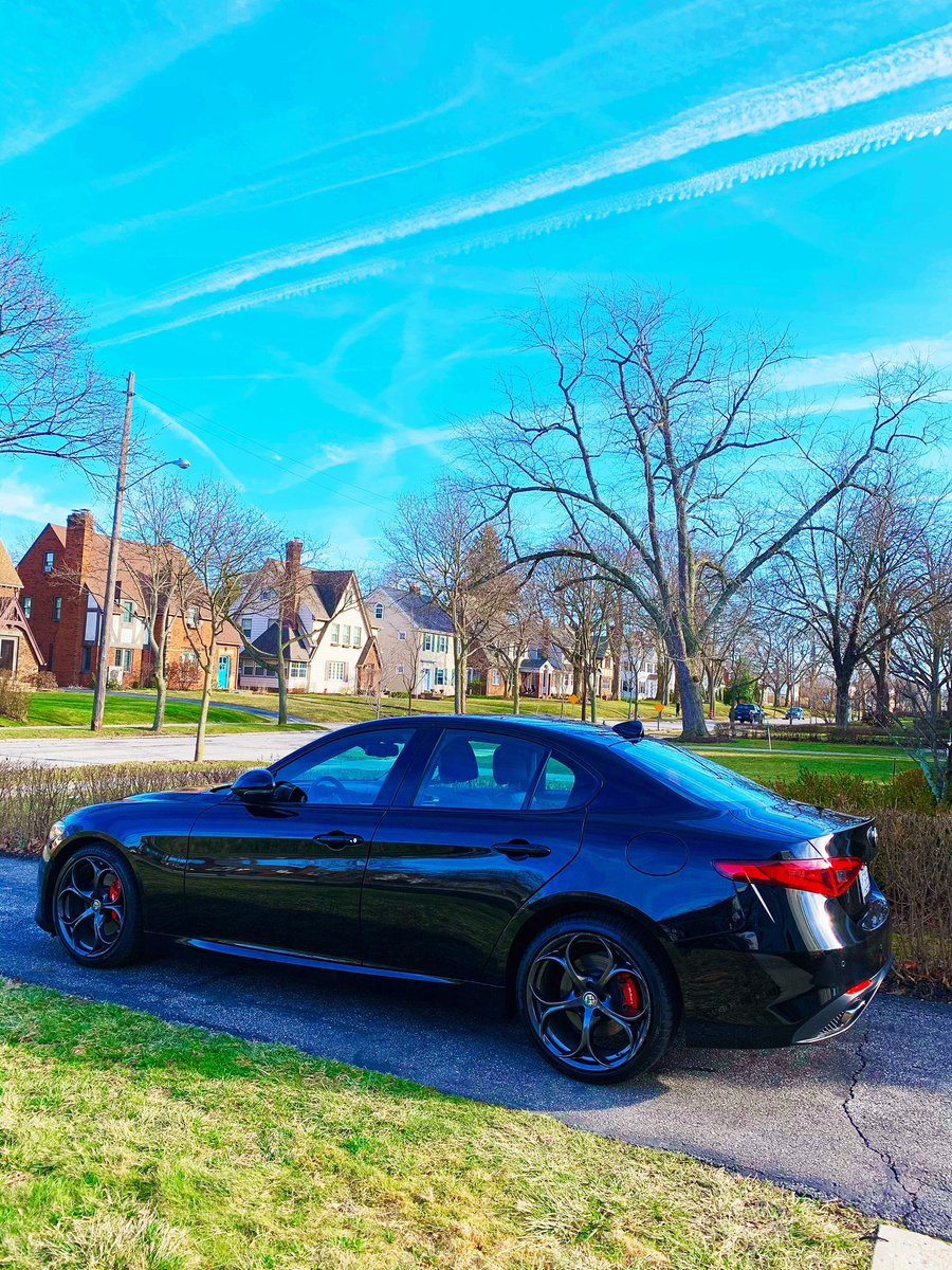Words can't fully describe my love for this car, @AlfaRomeoUSA #MyAlfa https://t.co/GtVCNjmJDm
