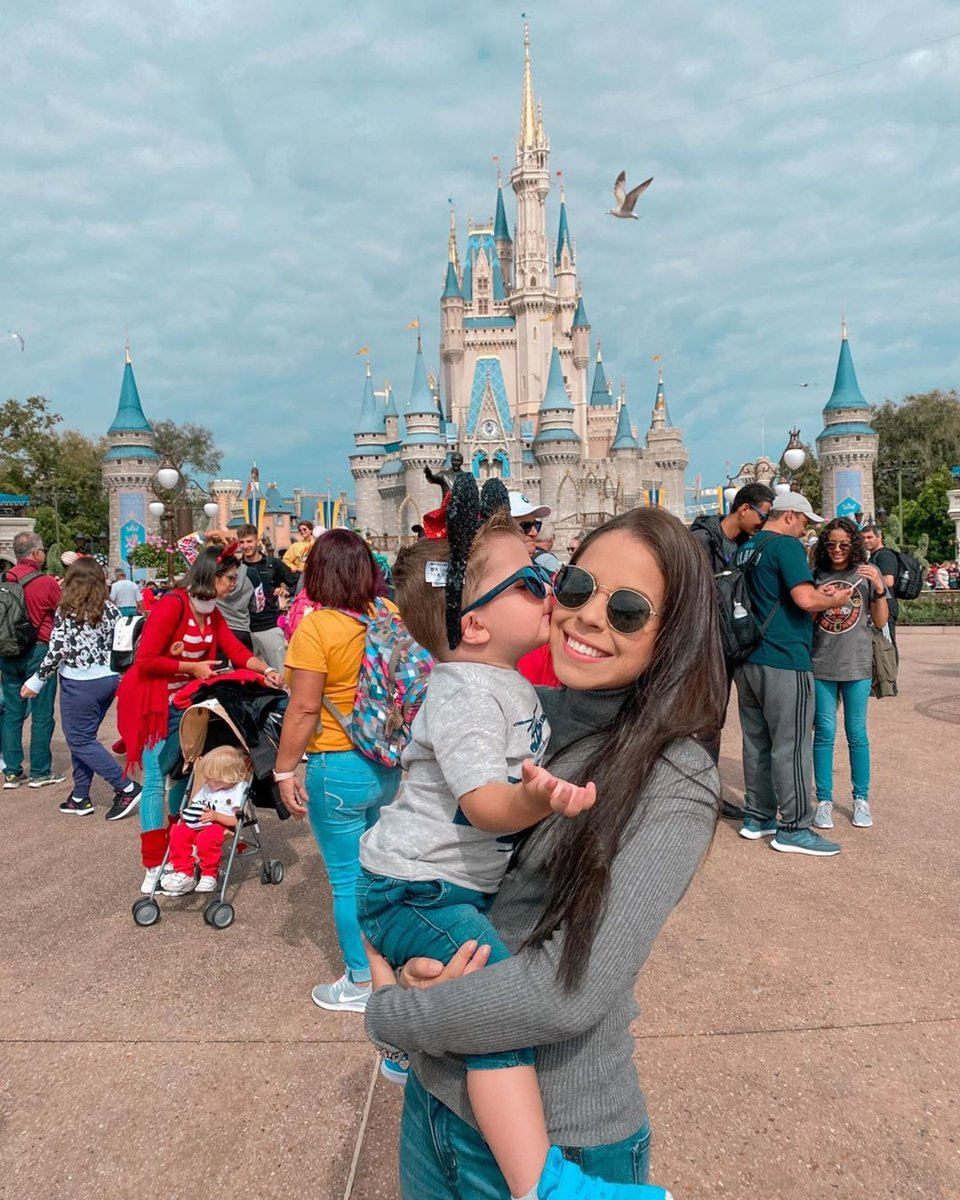 You can expect millions of magical moments at our neighbor's castle.  (Photo Credit: @laaura_justen) https://t.co/hKzDD6Vp5k