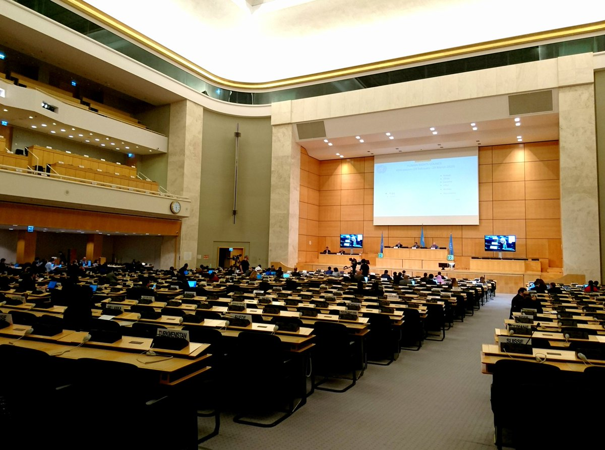 Today, as #HRC43 is preparing to suspend its work, DefendDefenders and @CIHRS_Alerts delivered a statement highlighting #Egypt's assault against #HRDs & CSOs and attacks against human rights norms and @Achpr_Cadhp's integrity & mandate.   Statement:  http:// bit.ly/33bk4ph     #UPR34 <br>http://pic.twitter.com/s4XDVNBAcN