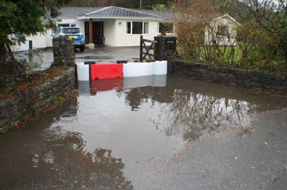 If you're looking for a compact solution for #flood protection, the FloodStop system might be the answer. This re-usable system is sturdy, easy to install and remove, and can be adjusted to fit any space. #geolineltd #floodbarrier https://www.geoline.ie/flood-defence/floodstop-flood-barriers/…pic.twitter.com/pmMYuozzBG
