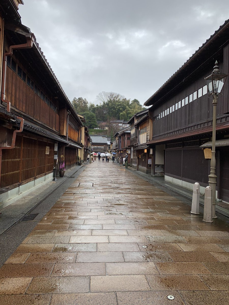 First time visiting Kabazawa, Ishikawa prefecture, Japan.  Sharing the beauty of rainy town  #kanazawa #japantrip #japan #traveler #travelingpic.twitter.com/cJUvIp6805