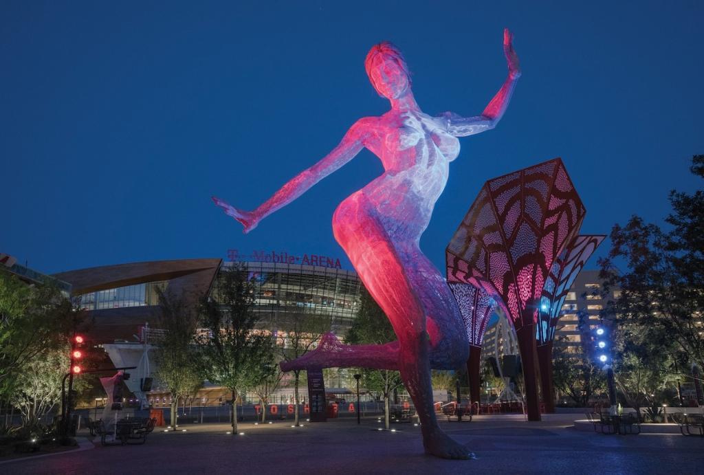ニューヨークの街並みを再現した、MGMが運営するラスベガスのIR「New York-New York」(@NYNYVegas)のユニークな見所をご紹介します。 彫刻家マルコ・コクランの生命力溢れる作品「Bliss Dance」や、アイルランドのお祭り「Celtic Feis」のパレードをご覧いただき、充実したひと時をお過ごしください!