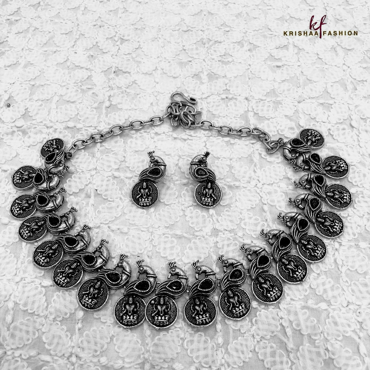 Oxidised Jewellery Necklace with Drop Earrings  #fashion #accessories #jewellery #jewelry #oxidized #oxidised #oxidisedjewellery #oxidisednecklace #oxidisedearrings #necklace #necklaceset #earrings #dropearrings #traditional #ethnic #ethnicwear #shopping #indianwear #ladieswearpic.twitter.com/Iw9Ld4TvXE