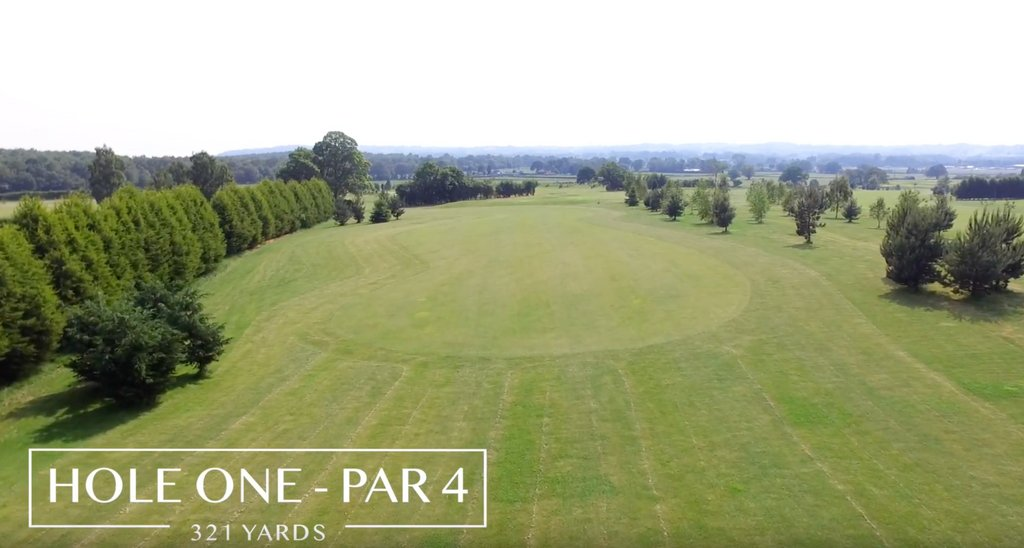 Aerial view of hole 1 at #halfpennygreen #golfcourse   https://t.co/gtkgIuCHhr https://t.co/BWzhHqkPGN