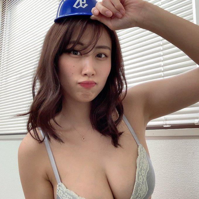 グラビアアイドル藤堂さやかのTwitter自撮りエロ画像8