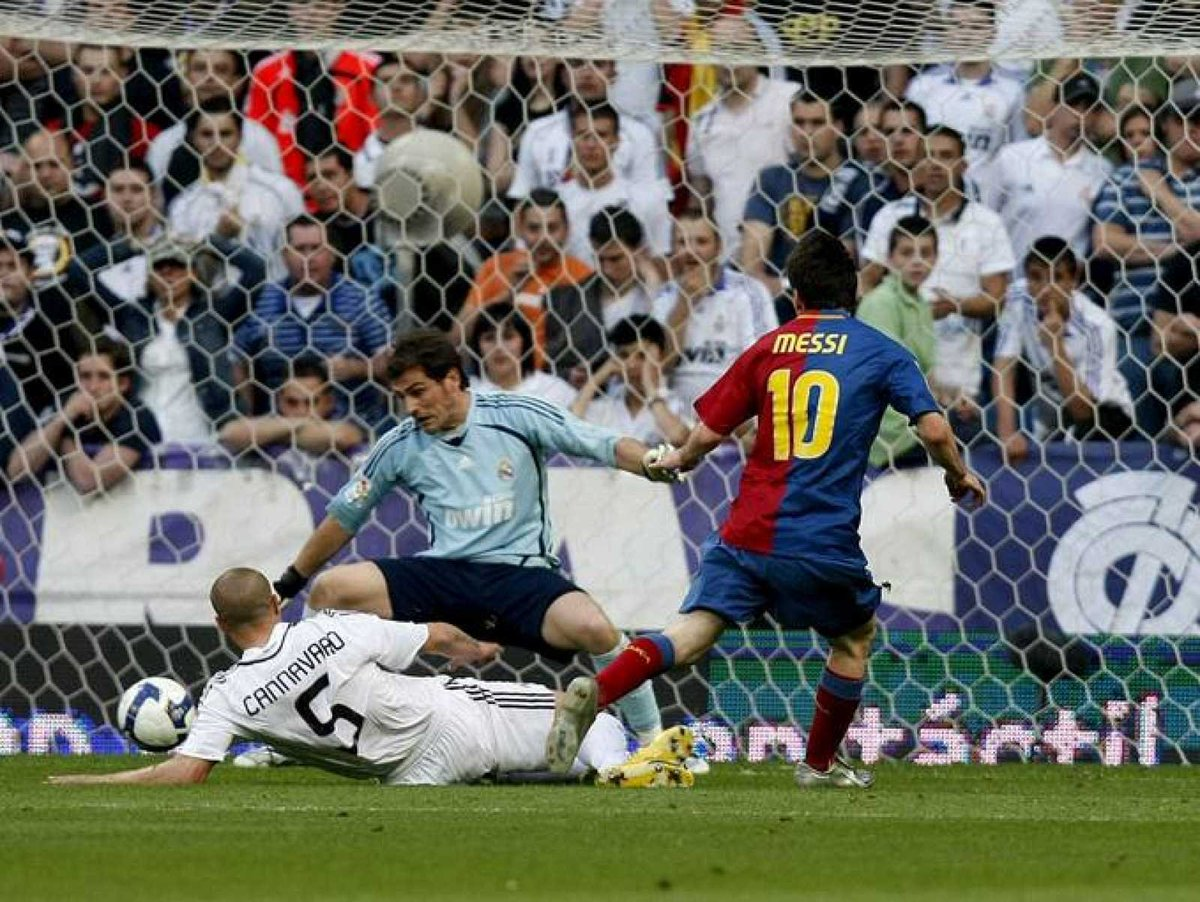 Xem lại Real Madrid vs Barcelona, La Liga – 02/05/200