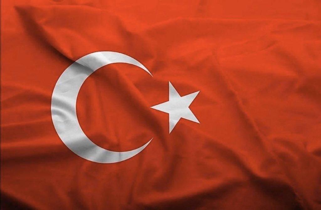 Türkiye, bugünü ve yarını bakımından kararlı bir mücadele içerisindedir. Rabbimiz geleceğimiz için mücadele veren kahramanlarımızı korusun. #BAHARKALKANI  @tcmeb @memleventyazici https://t.co/itPnhRUKKa