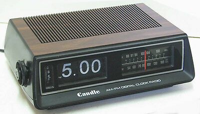 Integrate the player into Twitter. Most flipclocks had a radio. pic.twitter.com/nKqCpYn1sD