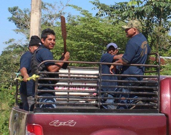 Arman autodefensas en sur de Veracruz