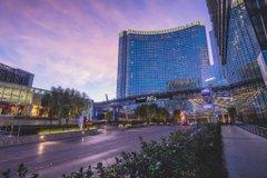 MGMリゾーツ・インターナショナルは、ラスベガスやマカオのホテル・スパ・レストランの10施設で、2020年のフォーブス・トラベルガイド最高評価の『5つ星』を獲得しました!また、AAA(アメリカ自動車協会)のホテルアワード「ダイヤモンド賞」にも選ばれました。