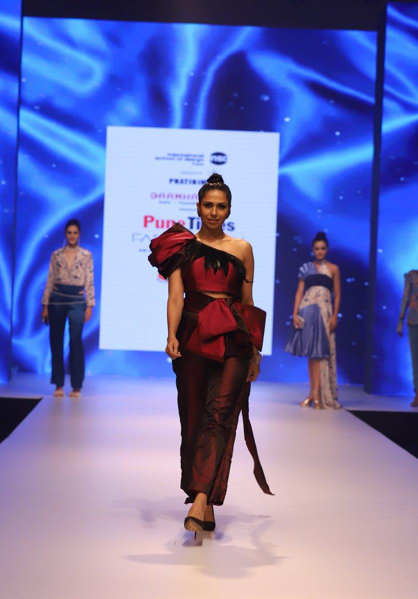 Insdpune Kothrud On Twitter Pratibimb By International School Of Design Pune At The Pune Times Fashion Week Pratibimb Insd Insdpune Fashion Fashionweek Ptfw Fashionshow Https T Co Mefmaup3jx