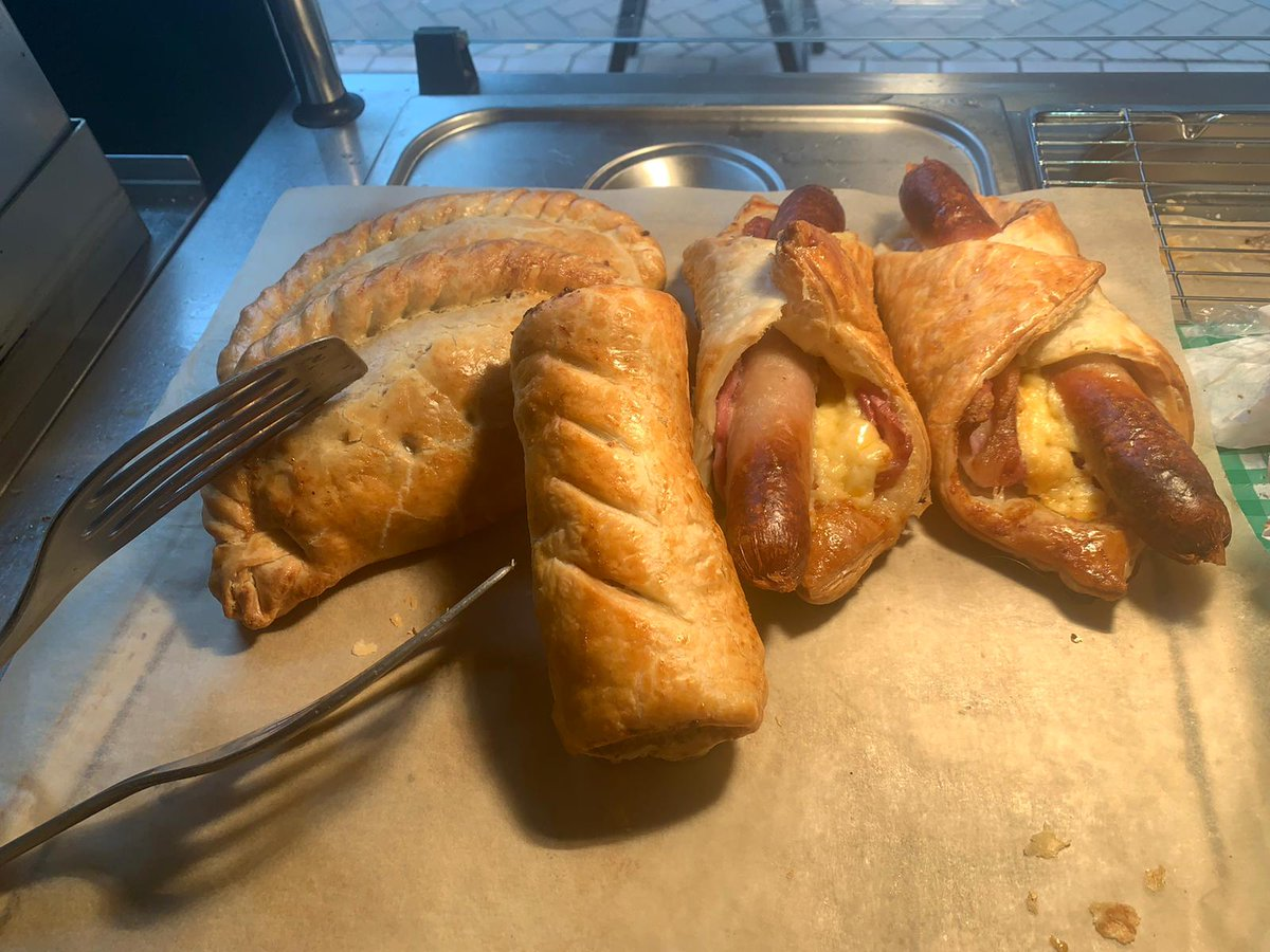All cooked in-store for our #ButchersGriddle!  Sausages Rolls, Pasties and Bacon, Sausage and Cheese wraps - yum, yum!  #Butcher #Deli #HotFoodToGo #ShopLocal #Teignmouth https://t.co/BC157qvywM