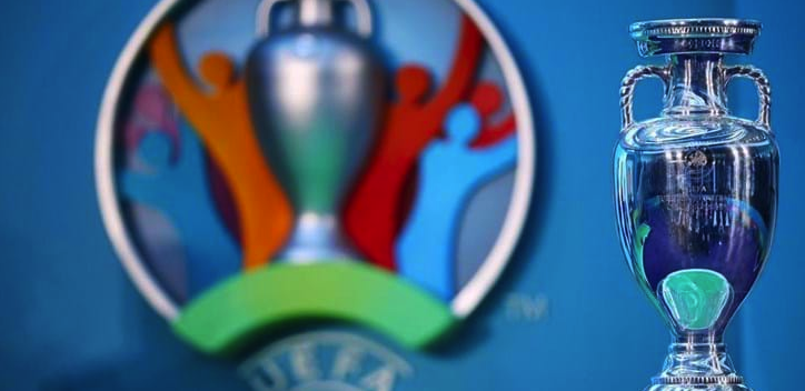 Cosa succede se due nazionali che si affrontano nell'ultima giornata dei gironi sono nelle stesse condizioni di classifica e la partita finisce in parità? Ripassiamo le regole per @UEFA @EURO2020 a @Roma! ⤵️ bit.ly/3ai3WVp @FIGC @Vivo_Azzurro #EURO2020 #RomaEuro2020