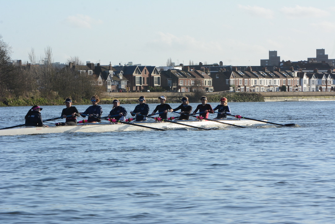 test Twitter Media - There's one day left for friends and alumni to sign up for this year's Oxford Lightweight Boat Races dinner.  Please get in touch at ouwlrcoma@gmail.com with any questions and to book your place.  We hope to see lots of you there!  Thanks @SportFocussed for the fab photo! https://t.co/MZQSkYE41p
