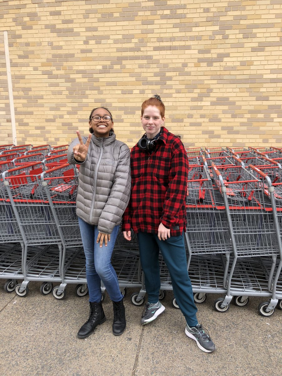 First time Costco shoppers!!! <a target='_blank' href='https://t.co/YchskKLlK7'>https://t.co/YchskKLlK7</a>