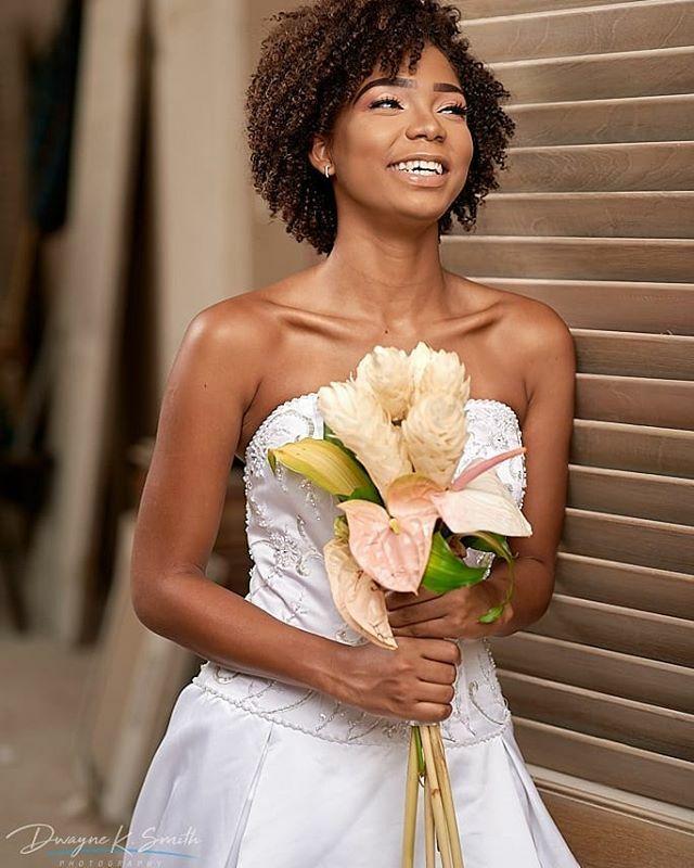 Pure joy. . . . .  #wedding #weddingbells #weddinginjamaica #jamaicanphotographer #jamaicanweddingphotographer #jamaicanweddingphotography #destinationwedding #weddingsinja #dwayneksmithphotography #dksp #weddings #jamaicanwedding #naturallight #naturall… https://t.co/AOcTPQsBT5 https://t.co/RIFufjDuVp