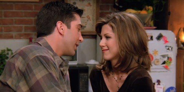 Boys who truly always loved the same girl. #Friends #RossGeller #RossandRachel #TheOC #SethCohen #SethandSummer  #OneTreeHill #NathanScott #NathanandHaley #GossipGirl #ChuckBass #ChuckandBlair   #TrueLoveTuesdaypic.twitter.com/5TW7oYynjj