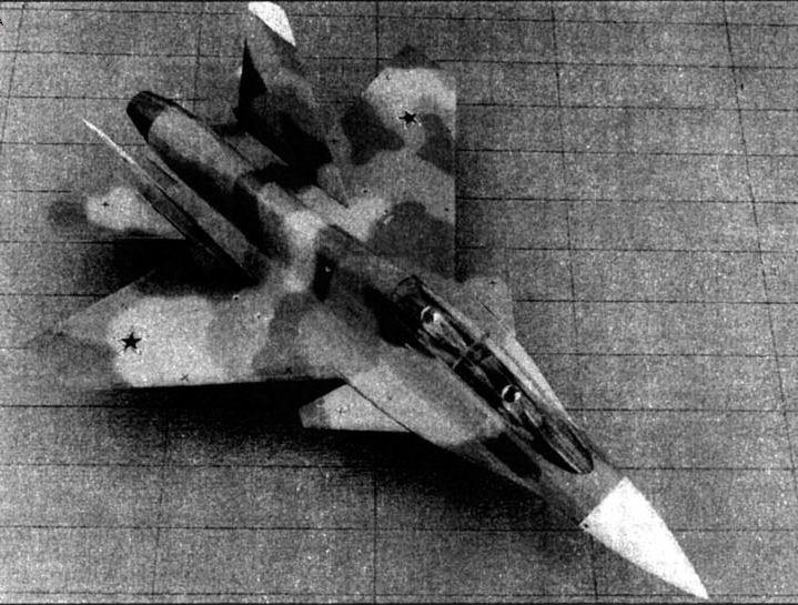 Future Russian Aircraft Carriers and Deck Aviation. #2 - Page 24 ESMEg-XXkAAUmdn