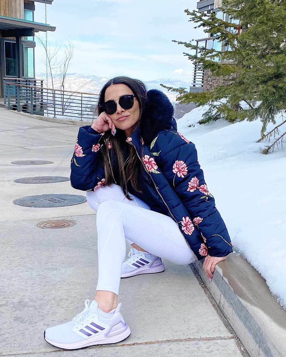 Andi Dorfman Andidorfman Twitter Andi, as a former attorney and someone watching the rnc and dnc conventions, can not possibly andi and others earn money based in part on how many followers they have and how often they can. andi dorfman andidorfman twitter