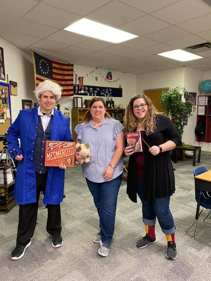 Its Character Day to celebrate #ReadAcrossAmericaWeek. The 5th grade team @CFBRainwater is ready to go! @CFB_Soc_Studies @christy_clain @DrThomasCFB @Mrs_Norsworthy @MrsJohnson_5th https://t.co/lAZzhV1DYJ
