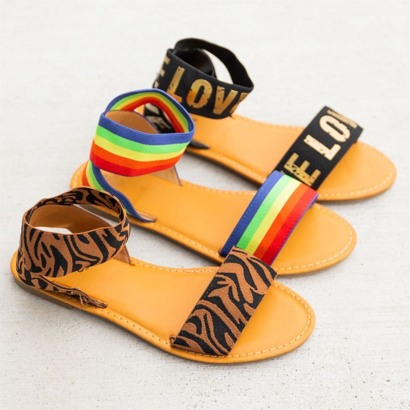 47% off - only $23.99!  #shoelove #sandals #summersandals #newarrival #ootd #summerfashion #vacaymode  https://t.co/uwZValPno7 https://t.co/Cg7CLyerHF