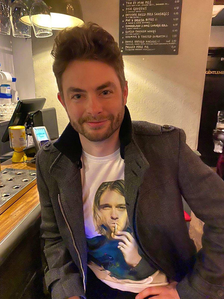 "Paul Joseph Watson on Twitter: ""At pub… """