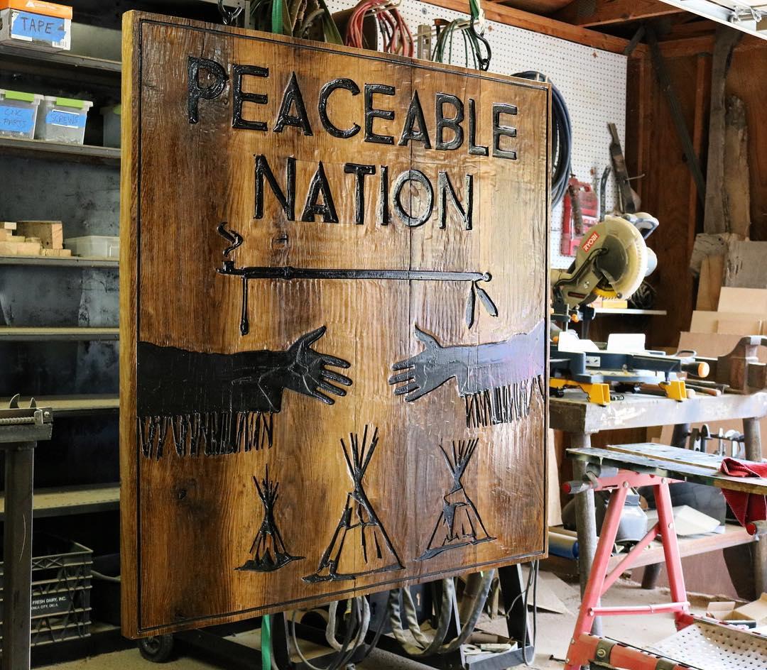 42x42 Lodge sign in oak   #lodgedecor #lodgelife #whiteoak #woodworking interiordesign #interiorstyling #homestyling #design #homedecor #madeinoklahoma #oklahomaartist #oklahomaartpic.twitter.com/QZHBu5gpYL