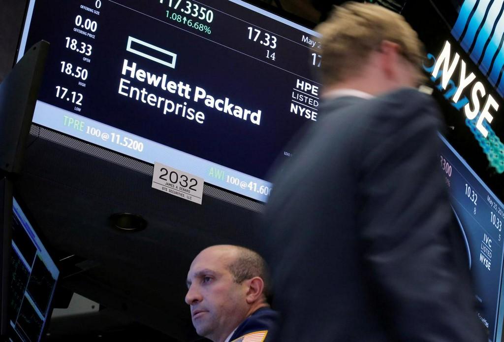 Hewlett Packard Enterprise cuts cash flow outlook on coronavirus impact, shares down