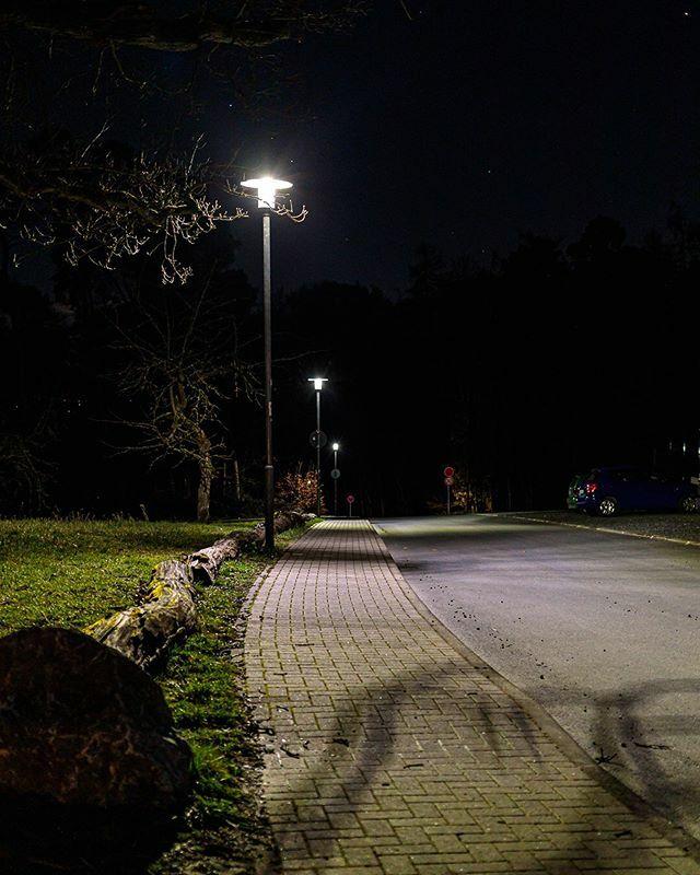 Straßenlaternen in Butzbach  #lampenmittwoch #lampswednesday #lamp #laterne #Butzbach #mitmeinenaugen #meindeutschland #travel_drops #hessen #deutschland #germany #hessentourismus #hessenüberrascht #goldenewetterau #wetterau #idylle #städtetrip #voyaged … https://ift.tt/2IjtuW5pic.twitter.com/9OgECvNE1C
