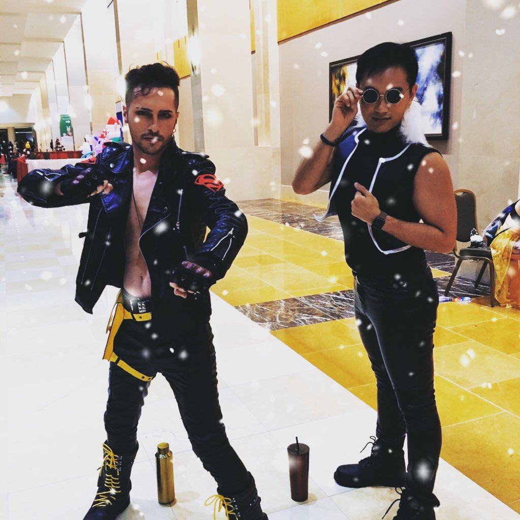 the boys are back in town . . . . . .#holidaymatsuri #holidaymatsuri2019 #holmat #holmat2019 #superboy #dccomics #comics #comicbooks #humunculus #humunculusgreed #greed #fullmetalalchemist #fullmetalalchemistbrotherhood #anime #funimation #shonen #shonenjump #cosplaypic.twitter.com/ELRTOPhKBC
