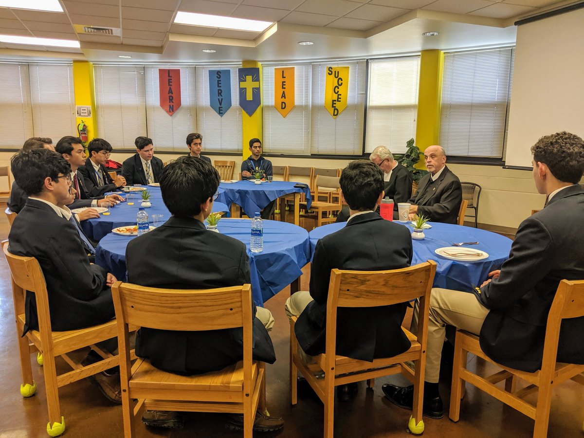 Brother Robert Schieler, Superior General, continues his pastoral visit in @DistrictSFNO. #SGinRELAN #Lasallian #SFNODistrict @lasalleorg