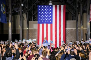 Elizabeth Warren speaks to a crowd of supporters.