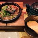 肉好きもお茶漬け好きも納得!?お茶漬け専門店の「和牛の炙り茶漬け」!