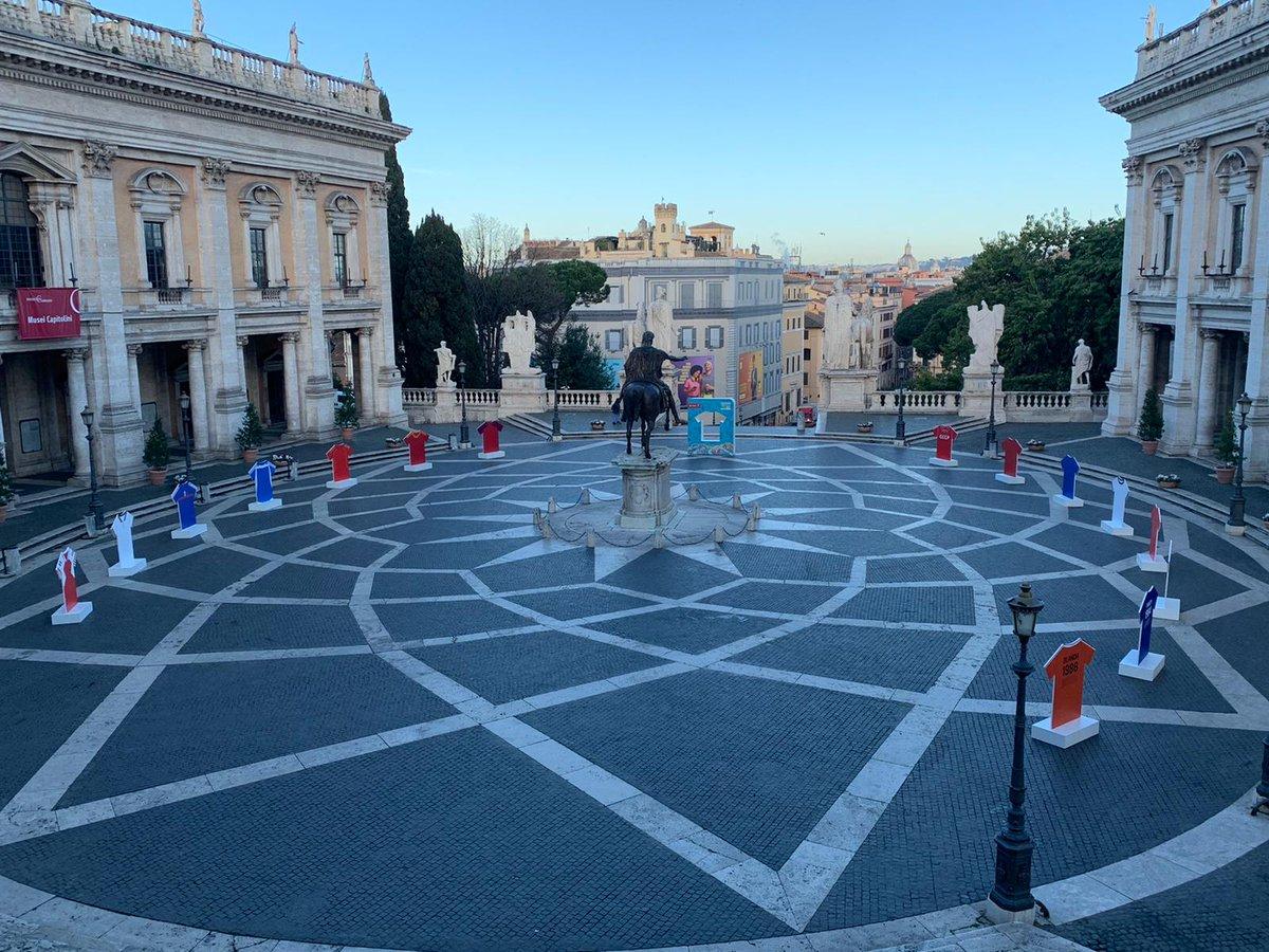 Piazza del Campidoglio a @roma - 100 days to go a UEFA @EURO2020. #EURO2020 #RomaEuro2020 @figc @Vivo_Azzurro