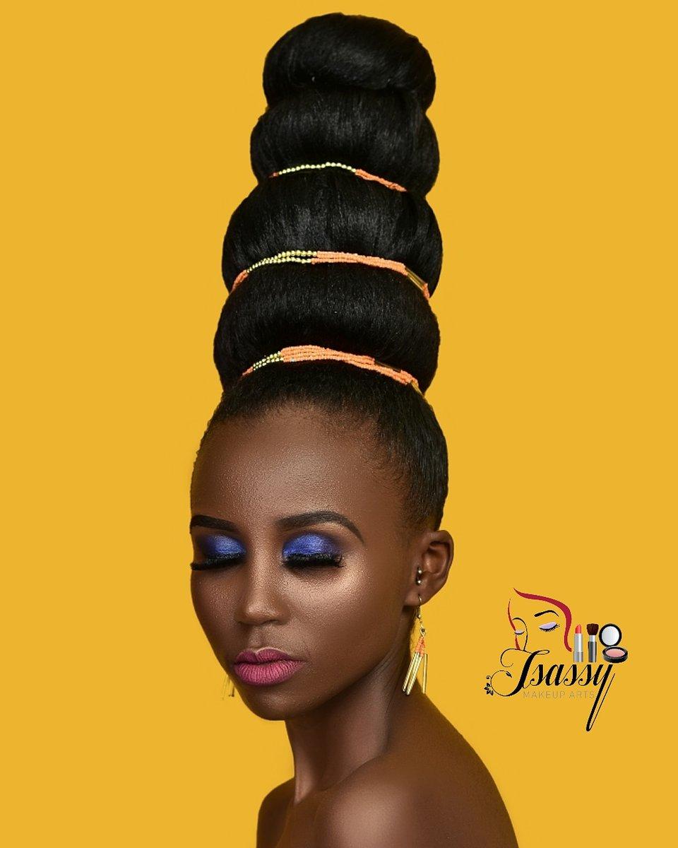 The bigger the hair...... #askdgohnie . . .  #model @carolnjeri_smiley #mua @tsassymakeupart  #hair @dgohniehairarts #shot @eyeboll_studios  #tsassylooks #classical_exqusite_beauty #worldwidemakeupartist #photootheday  #homeofportraits #publicity254 #viscokenya #10over10pic.twitter.com/totbjvoASB