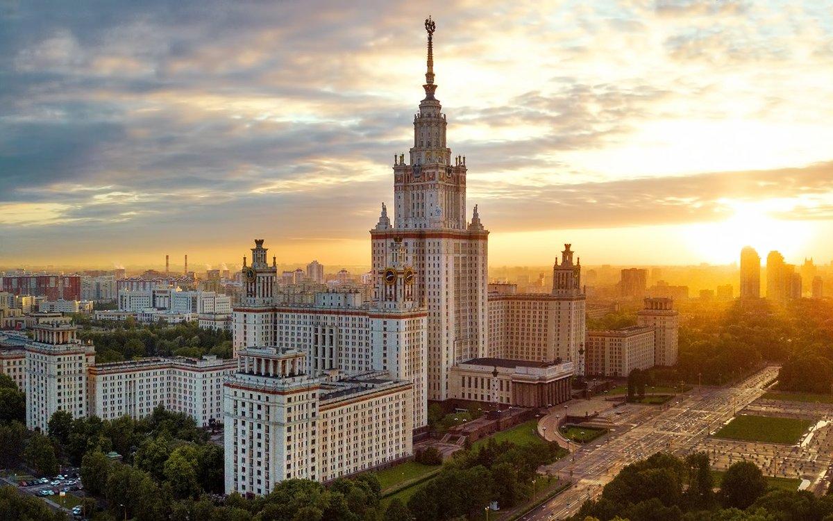 Больше ста родственников чиновников поступили в российские вузы без конкурса