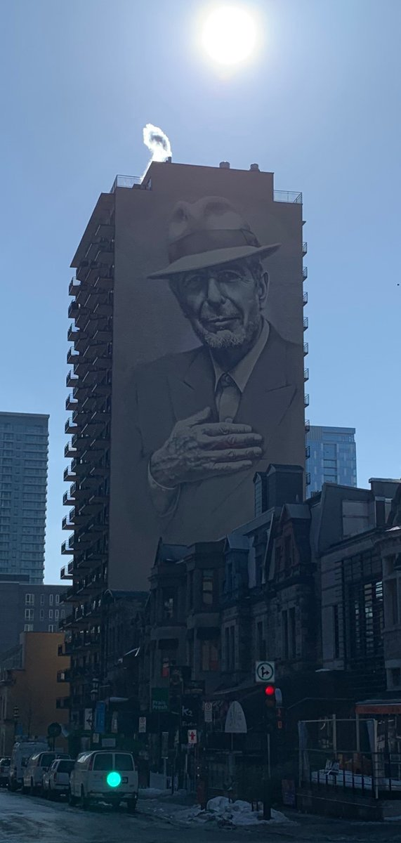 Spent a great day walking the streets of Montreal yesterday. Turned onto Crescent street and saw this. It took me several seconds to believe what I was seeing. It captures the beauty of the man perfectly. I love the man like I love his city.  #leonardcohen #montreal https://t.co/RPgG0xwJNU