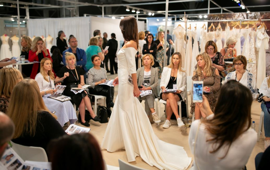 .@VBBFashionWeek 2020 exhibition and fashion show sold out two months before the event ow.ly/gHDV50yAhje