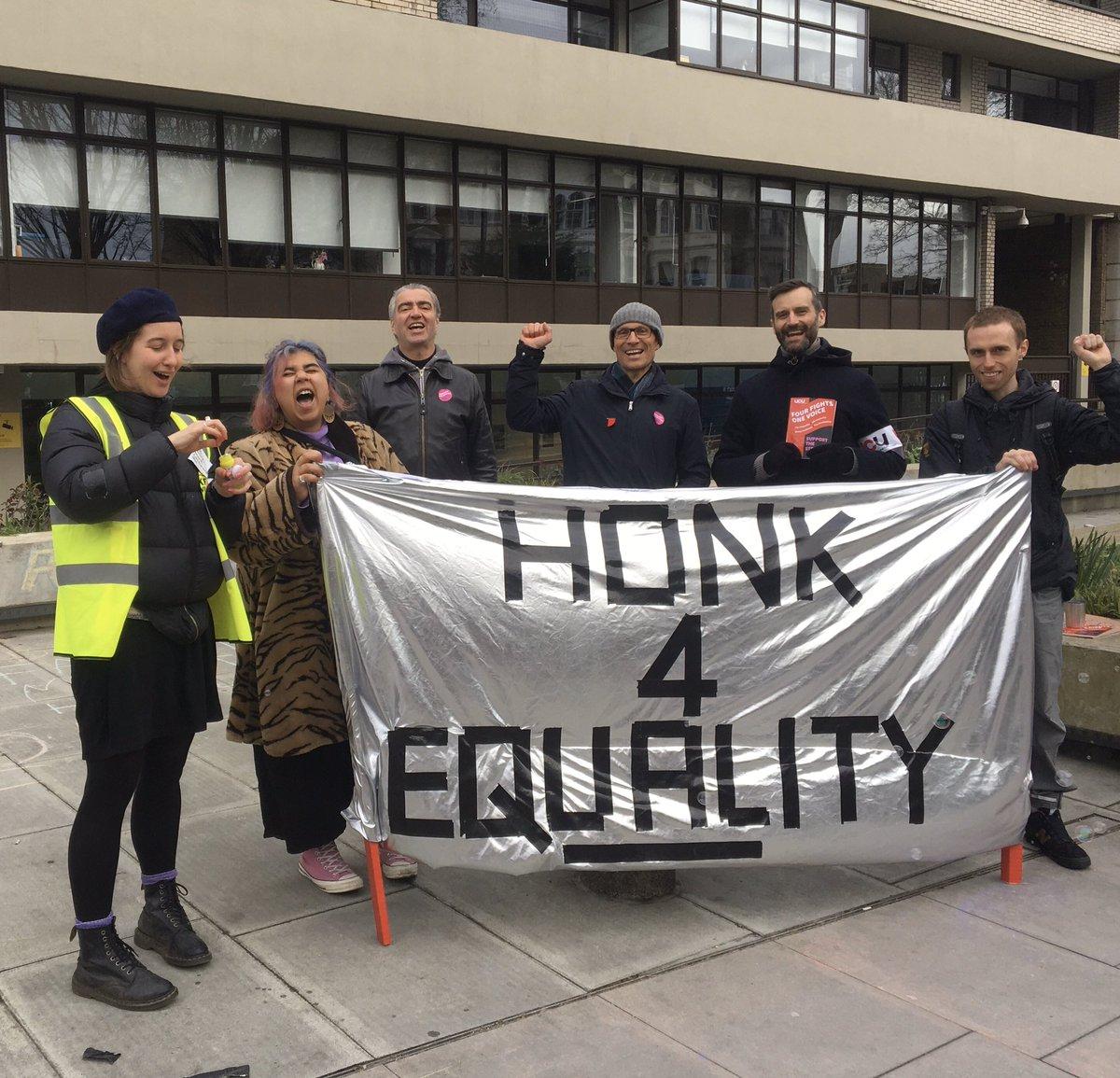 HONK!!! #UCUstrike