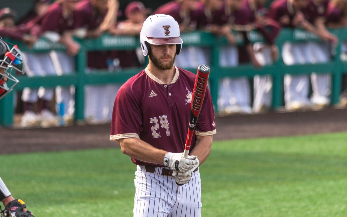 .@wesley_faisons performance at the plate (4-for-5, 2 HR, 4 RBI) against Baylor was the 5th best on Tuesday by @d1baseball. 🔗bit.ly/2TrRk8N #EatEmUp