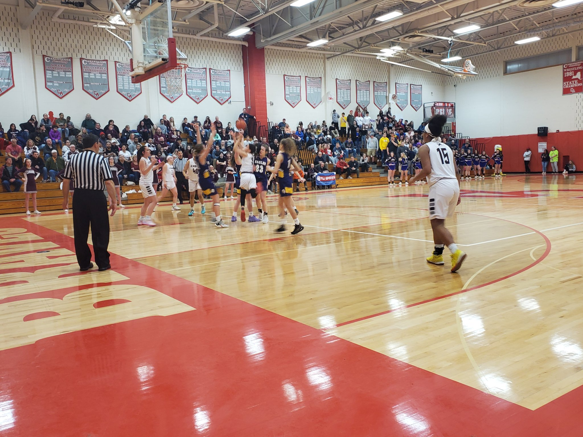 SECTIONAL WEDNESDAY REPORT: Lyons girls pull away late to advance to finals; Wayne boys fall short