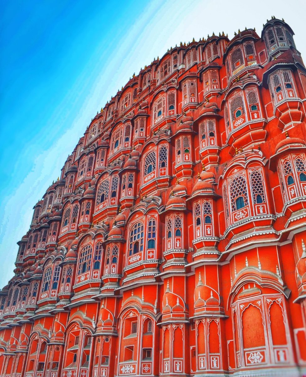 "Amazing places в Твиттере: ""Hello everyone Hawa mahal is the"