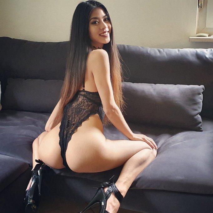 Wish you a nice Thursday Guys 🤤 . . . #kimrose #visitx #rt #retweet #follow #pornstar #camgirl #thaiporn