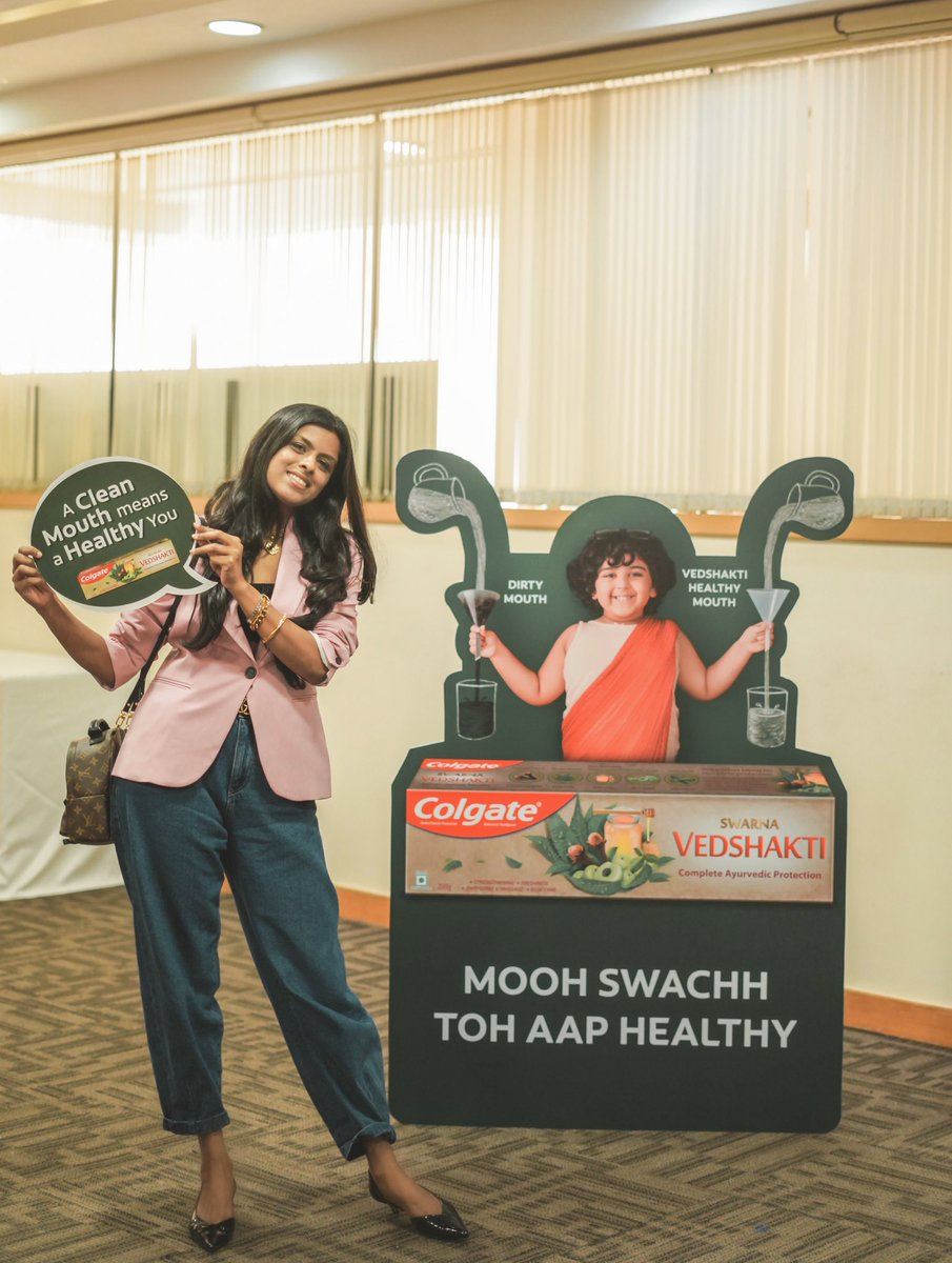I was at the @colgateindia Vedshakti workshop to learn more about oral health! I learnt how effective Vedshakti is in fighting germs & enabling whole mouth health. I look forward to a healthy mouth & healthy body, every single day with Colgate Vedshakti! #OralHealthOverallHealth https://t.co/fhNIsxeNrb